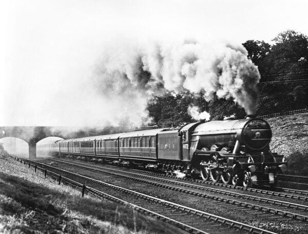 The Flying Scotsman hauled by an A1 class 4-6-2 locomotive number 4472 Flying Scotsman at Hadley Wood, 17 December 1944. The Flying Scotsman train left London King's Cross every morning at 10.00 am and arrived in Edinburgh around 7 hours later