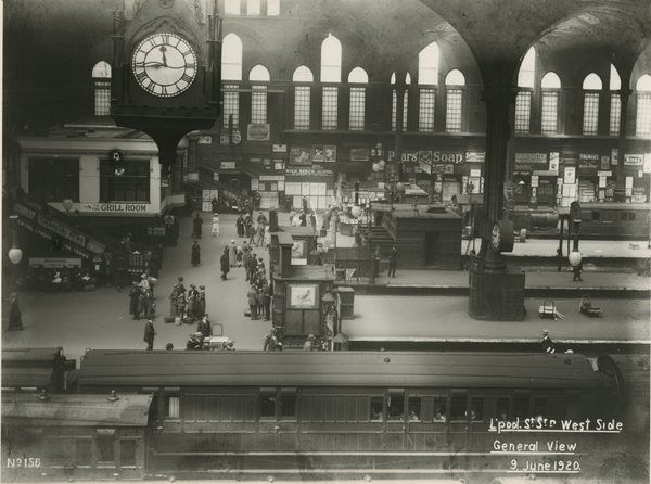 Liverpool Street station, Great Eastern Railway. 9 June 1920. View of the platforms and station clock