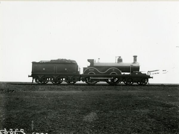 Midland Railway Class 1 4-4-0 steam locomotive number 2591. Built by Nielson as 5781 in 1901. It was rebuilt with an H Class boiler in 1907 and renumbered 553. Renewed as an 483 Class in 1914 and withdrawn in 1958