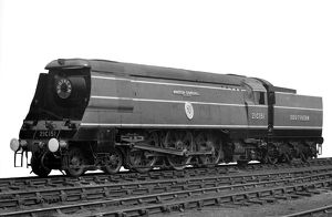 Battle of Britain loco 'Winston Churchill&#39