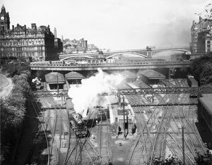 Edinburgh Waverley Station, c 1950s