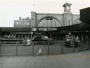 <b>King's Cross London</b><br>Selection of 14 items