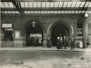 <b>Liverpool Street Station London</b><br>Selection of 51 items