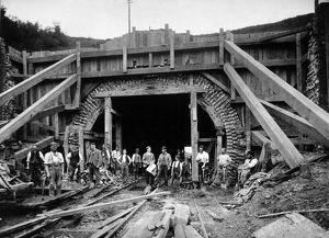 Reconstructing Gill's Corner tunnel, 1892