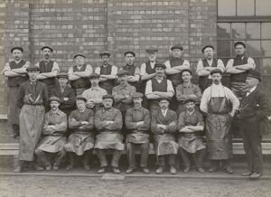 Workers at Doncaster works, South Yorkshire, c 1916